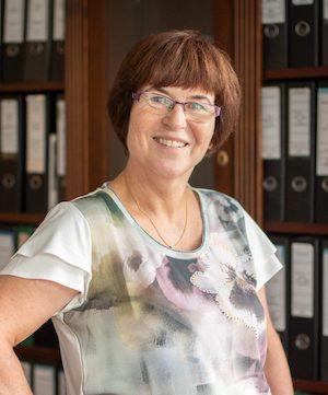 Frau Sabine Qualmann